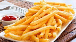 Una mujer apuñaló al novio por comerse sus papas fritas