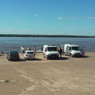 un intendente entrerriano y otros dos acompanantes estan desaparecidos en el rio parana