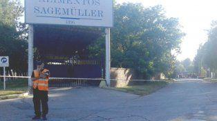 VIDEO: Hubo una explosión en un frigorífico de Crespo: tres operarios en terapia intensiva