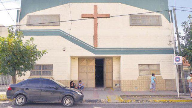 La escuela pública de gestión privada está ubicada en calle Basavilbaso.