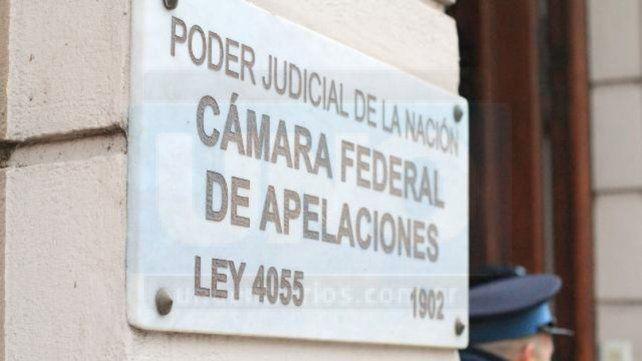 Tras ser indagados quedaron presos un concejal paranaense y una funcionaria municipal