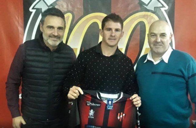 Sperduti firmó su contrato y ya es jugador de Patronato