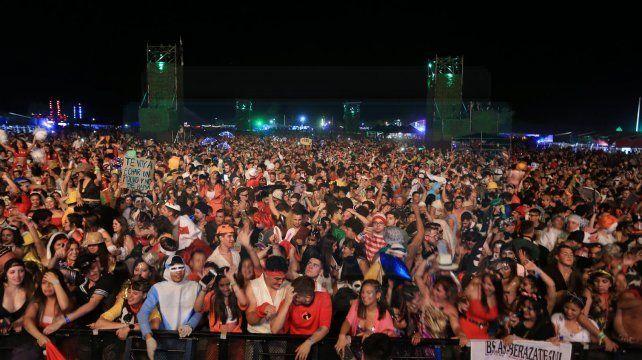 Fiesta de disfraces: fotos de una noche única e inolvidable en Paraná