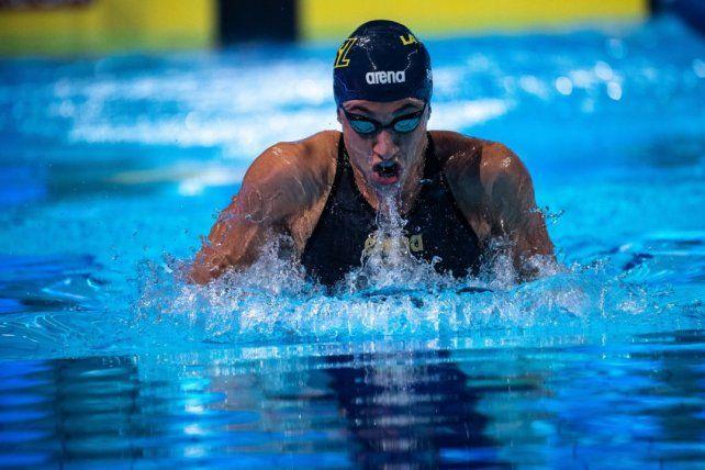 Julia Sebastián, de 26 años, representa a Los Ángeles Current estableció un nuevo récord argentino.