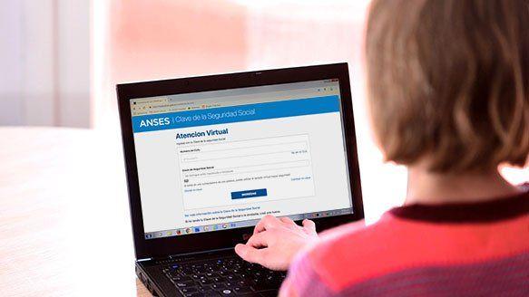 La Atención Virtual de Anses está disponible los días hábiles de 00 a 20hs y se admitirán 60.000 trámites diarios. Hay que ingresar con el número de CUIL y Clave de la Seguridad Social. Si no se cuenta con Clave, se puede generar en el momento.
