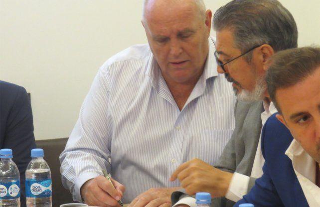 Luis Spahn, presidente de Unión, se refirió al horario que se debería jugar el Clásico Santafesino. Gentileza   Unión en tu Dial