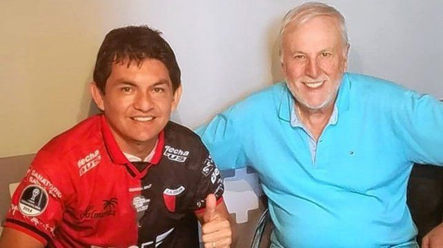 El representante Roberto San Juan reveló que Pulga Rodríguez ya arregló su salida de Colón con José Vignatti.
