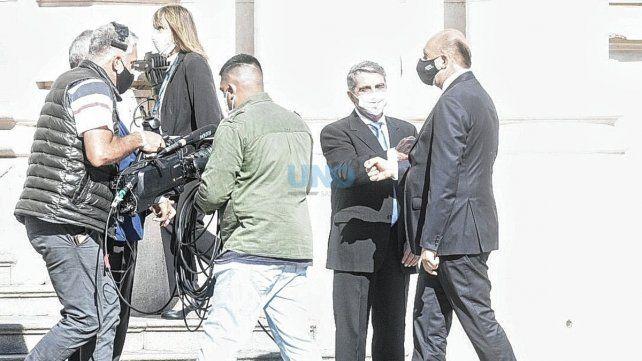 En el Frente de Todos aún se tiene que resolver el conflicto que mantienen Perotti y el  senador justicialista por San Lorenzo, Armando Traferri. Foto: José Busiemi.